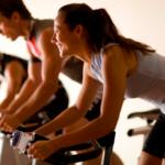 Los beneficios de practicar spinning para la salud