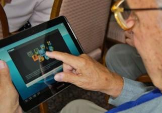 Gobierno entregará las primeras Tablet para jubilados el 19 de junio en la Plaza Independencia