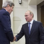 """Vladimir Putin recibe a John Kerry que dice haber tenido """"franca negociación"""" por Ucrania, Irán y Siria"""
