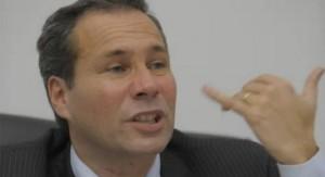 """Prima de fiscal Alberto Nisman publica un libro donde afirma que lo mataron y """"el poder está involucrado"""""""