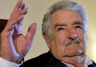 """El expresidente José Mujica reclamó """"menos cumbres internacionales y más acuerdos reales"""""""