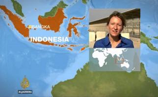 Avión militar cae sobre un barrio residencial en Medan, al norte de la isla de Sumatra, en Indonesia: 116 muertos