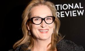 """Meryl Streep envía 535 cartas al Congreso en EE.UU, exigiendo que se """"levanten"""" por la equidad de género"""