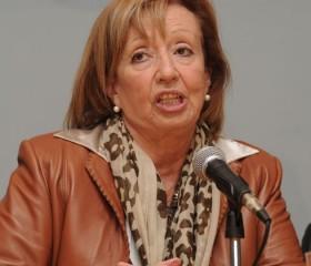 Ministra María Julia Muñoz considera que el paro de la enseñanza es prematuro porque aún no está definido el Presupuesto