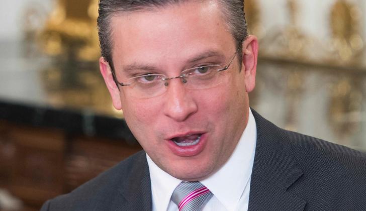 La Casa Blanca niega rescate a Puerto Rico que entra en default por deudas de 72.000 millones de dólares