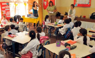 Evalúan conocimientos en matemática y lengua a los alumnos de tercer año escolar