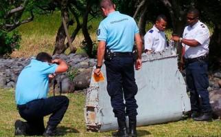 Confirman que fragmento de ala es de un Boeing 777 igual al modelo del vuelo MH370