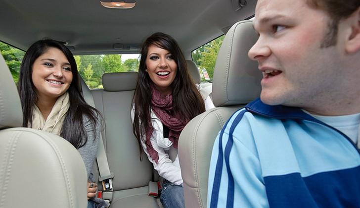 Google presenta RideWith una aplicación para que los usuarios compartan viajes en auto ahorrando en gastos