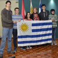 Estudiantes de secundaria representarán a Uruguay en Olimpíada Internacional en Tailandia
