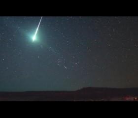 Un meteorito llena de luz verde el cielo de Argentina y Uruguay
