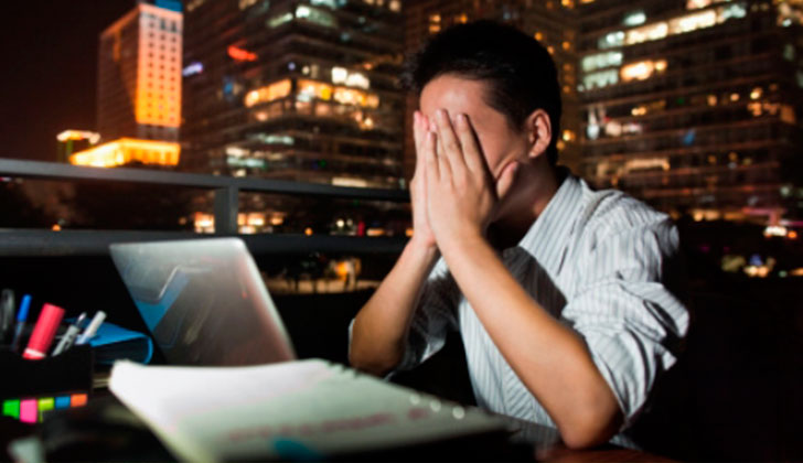 Trabajar muchas horas aumenta riesgo de sufrir embolia cerebral