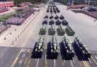 China despliega todo su poderío bélico a 70 años de su victoria sobre Japón pero anuncia baja a medio millón de militares