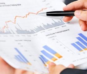 Calificadora de riesgo destaca crecimiento potencial de Uruguay debido a inversión, productividad y clima de negocios