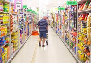 Supermercados incumplen acuerdo de precios. Entre julio y agosto 92 productos aumentaron su valor