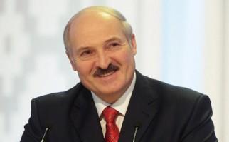 Lukashenko alcanzó el 83,49% de los votos, frente al 4,42% de la única candidata opositora Tatiana Korokevich.