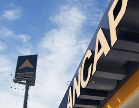 ANCAP propone a los ministerios de Economía e Industria una rebaja de los combustibles de entre 2 y 3%