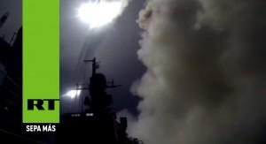 Ministerio de Defensa de Rusia sube a YouTube imágenes del primer ataque naval contra el Estado Islámico