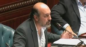 Otheguy indicó que publicidad a radio de Quebracho fue aprobada también por director blanco de ANCAP