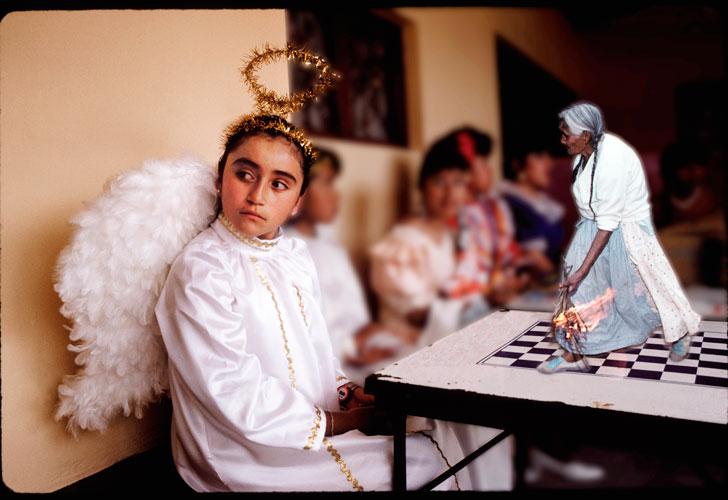 PEDRO MEYER La tentación del ángel Oaxaca, México 1991   1991 Transparencias color, 35 mm   Versión editada.