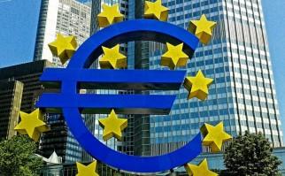 El viernes pasado al cierre el cambio del euro se situaba en 1,06 dólares. Foto: Pixabay.