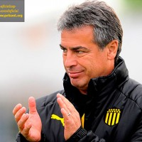 Bengoechea volvió a remarcar que Peñarol no logra el rendimiento acorde a los jugadores que tiene