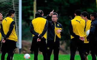 """Bengoechea: """"En mi mente está cumplir el contrato, y ojalá me pueda quedar mucho tiempo en Peñarol"""". Foto:  @OficialCAP"""
