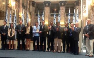 Lola Moreira y la selección panamericana de fútbol obtuvieron el premio a Deportista del Año. Foto: AUFOficial