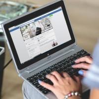 Google y Facebook alcanzan acuerdan y la red social permite al buscador indexar contenidos