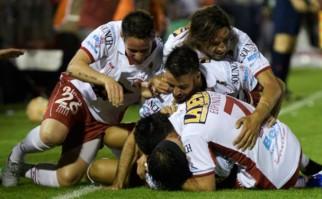 Huracán eliminó a River y es finalista de la Sudamericana 2015. Foto: AFP