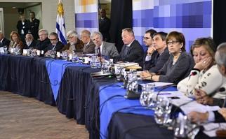 Secretarios de Estado reciben en audiencia a representantes de la sociedad de Carlos Reyles previo al Consejo de Ministros