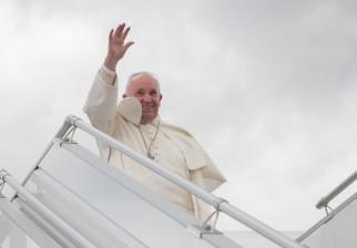 """Papa Francisco viaja a África pese a amenazas terroristas en su contra: """"El único peligro son los mosquitos"""""""