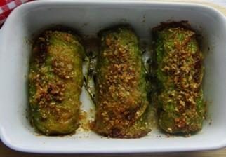 Utiliza mas semillas en tus comidas y proba estos rollitos de repollo rellenos de queso papa y almendras
