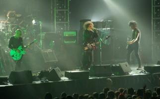 The Cure en uno de sus conciertos en Singapur. Foto: Wikimedia Commons.