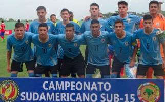 Uruguay le ganó a Chile por el Sudamericano Sub 15. Foto: AUF