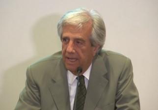 Tabaré Vázquez aumentará impuesto al tabaco y dijo tener la seguridad de que Uruguay le ganará a Philip Morris