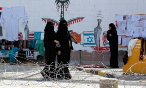 Mujeres votan por primera vez en Arabia Saudita