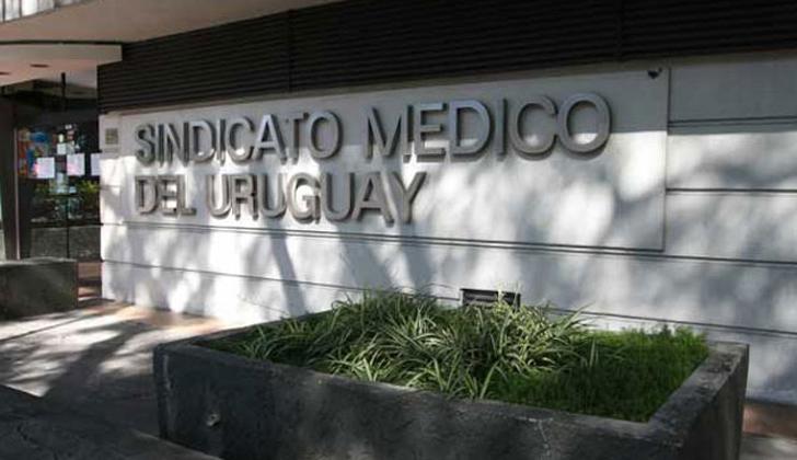 """""""Médicos por la paz y salud de los pueblos"""" es la consigna del SMU para celebrar el Día del Médico"""
