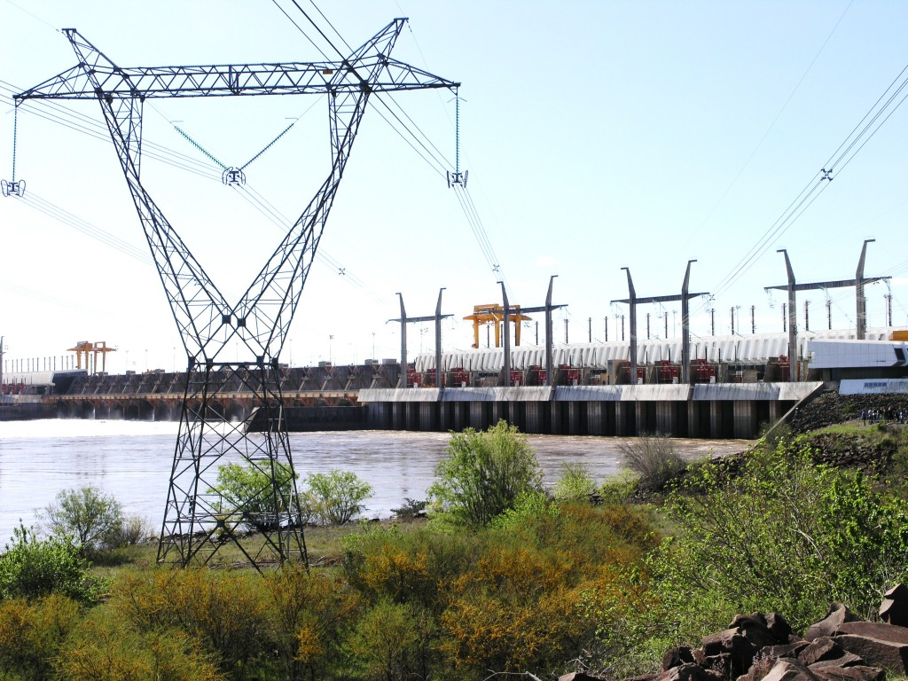 Represa hidroeléctrica Salto Grande. Foto: Uruguay Educa.