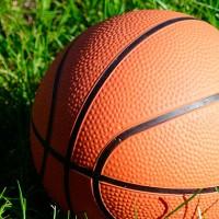 Defensor, Trouville, Hebraica y Goes jugarán el Súper 4 de básquetbol