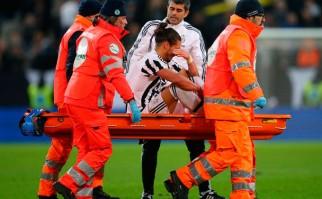 Cáceres se lesionó en Italia y tendrá varios meses de recuperación. Foto: AFP
