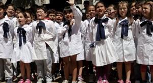Hay 9.000 niños de tres años inscriptos para educación inicial en escuelas públicas y se abre llamado a auxiliares