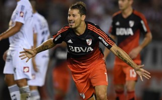 Iván Alonso debutó en la goleada de River a Quilmes donde Mora hizo dos goles