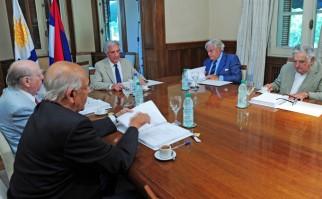 Medio Ambiente e intendencias de Montevideo, Canelones y San José firmaron acuerdo de cogestión de humedales del río Santa Lucía