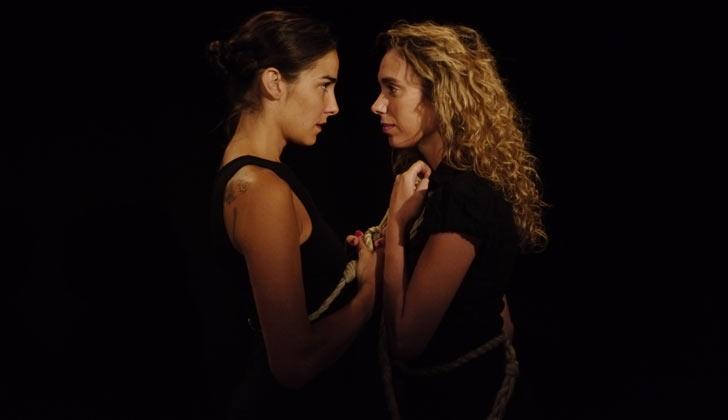 """La obra teatral """"La sangre de los árboles"""", con Juana Viale llega a Canelones"""