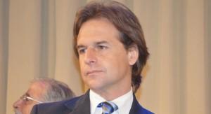 Senador Lacalle Pou reitera diez pedidos de informes al gobierno los cuales no fueron contestados en los tiempo establecidos por Ley