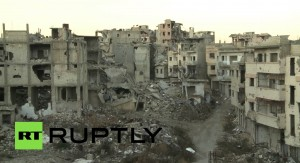 ¿Por qué aumentan los refugiados huyendo de Siria? La televisión rusa muestra la ciudad de Homs tras los bombardeos