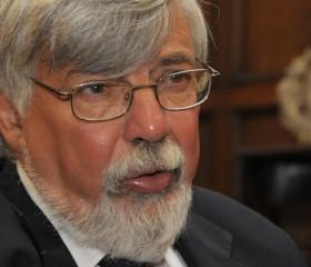 Ministro Eduardo Bonomi comparece ante el Parlamento por irregularidades en Guardia Republicana