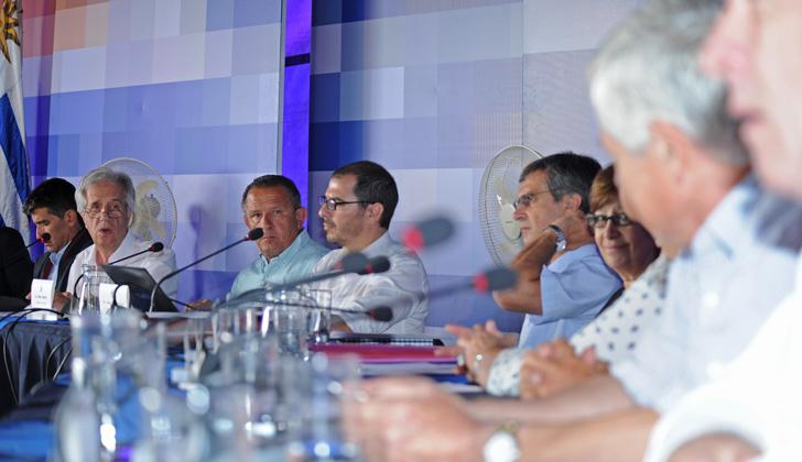 El Consejo de Ministros sesiona el lunes en Piedras Coloradas ... - LaRed21 (Comunicado de prensa) (Registro)