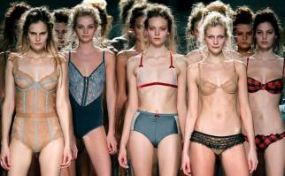 Una marca británica obliga a sus modelos a comer ante testigos.