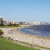 Intendencia de Montevideo asegura que todas las playas de la capital están aptas para baños